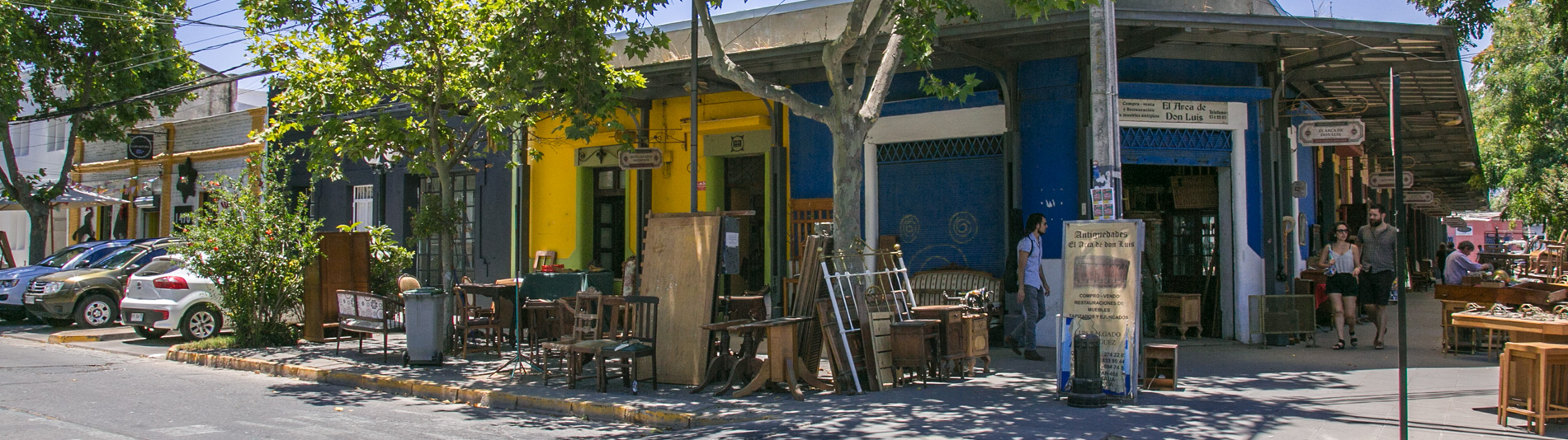 Neighbourhood italia - Furniture Restoration and Antiques - Santiago