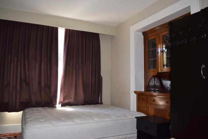 Den or bedroom 4